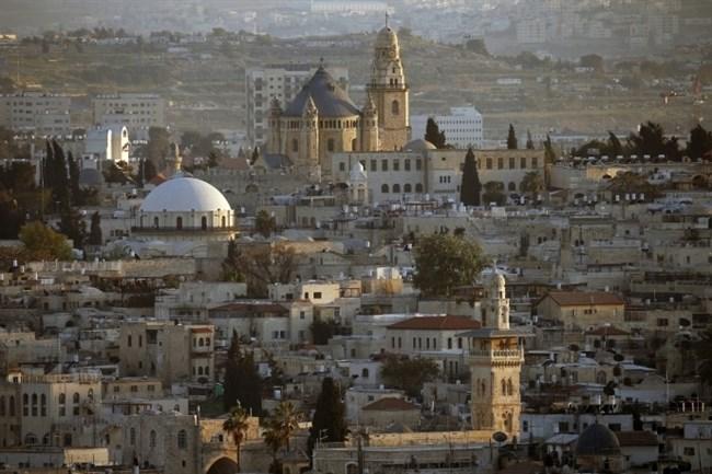Una veduta complessiva della Città Vecchia di Gerusalemme il 14 aprile 2014. (AFP/Thomas Coex, File)